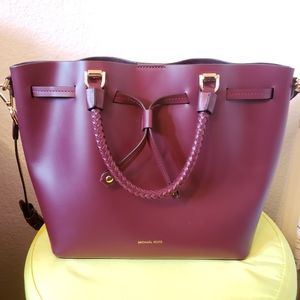 Micheal Kors Blakely Burgundy Purse